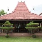 Melihat Sejenak Desain Rumah Adat Jawa Tengah untuk Inspirasi Hunian Anda